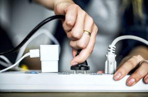 Freien Stromkreis finden: Schuko Stromanschlüsse Steckdose